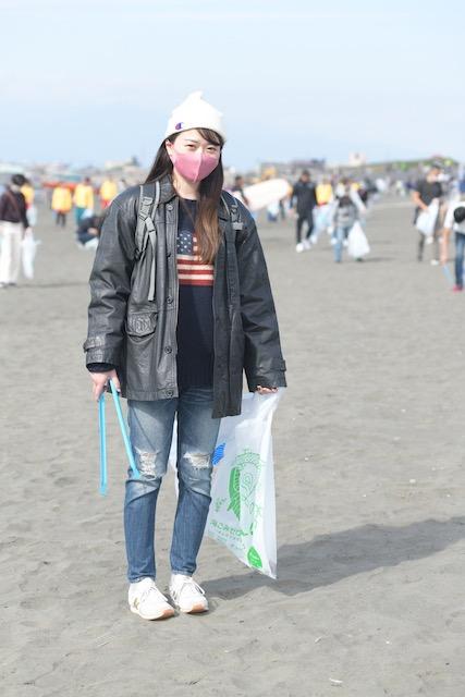 拾い ゴミ 「オンラインゴミ拾い」が話題 海洋プラゴミ問題に取り組む『PSW』を取材